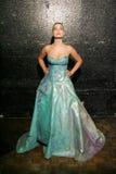 Audrey Henry på 101 modellen Fashion Show Arkivfoton