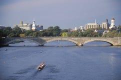 Auf Charles-Fluss rudern, lizenzfreie stockbilder