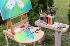 Auf dargestelltem lokalisiertem eingeleitetem Bild und Details künstlerischen i Stockbild