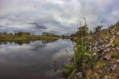 Auf dem Fluss Mologa Lizenzfreie Stockfotografie