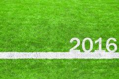 2016 auf dem grünen Fußballplatz Stockbild