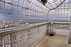 Auf dem Kontrollturm in Berlin lizenzfreies stockbild