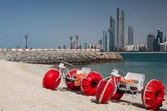 Auf dem leeren Strand Lizenzfreies Stockfoto