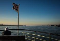 Auf dem Mersey-Fluss lizenzfreies stockbild