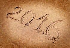 2016 auf dem Sand Stockfotografie