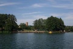 Auf dem See im Sommer stockfoto