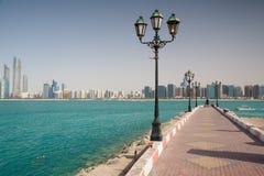 Auf dem Strand in Abu Dhabi, Vereinigte Arabische Emirate Lizenzfreies Stockbild
