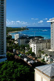 Auf dem Strand bei Waikiki Stockbild