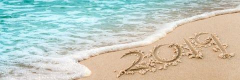 2019 auf dem Strand lizenzfreie stockfotos