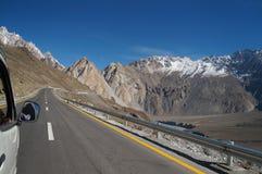Auf dem Weg von Pasu zu Khunjerab-Durchlauf, Nord-Pakistan Stockfotos