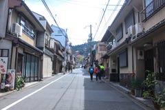 Auf dem Weg zu Kiyomizu-deratempel in Kyoto Japan Lizenzfreie Stockfotografie