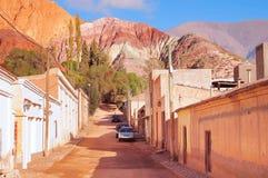 Auf den Straßen von Purmamarca-Stadt Stockfotos