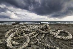Auf den Strand gesetzte Seile Lizenzfreies Stockfoto