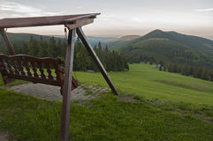 Auf der Rückseite der riesigen Berge Stockbilder