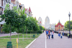 Auf der Ufergegendstraße in Kiew lizenzfreies stockfoto
