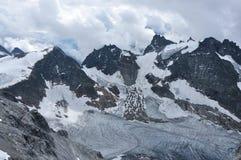 Auf die Oberseite des Berges Titlis in den Alpen Lizenzfreie Stockfotos