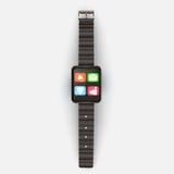 Auf einem hellgrauen Hintergrund zeigt die intelligente Uhr mit Ikonen und Lizenzfreie Stockfotografie