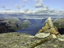 Auf einem Norwegen-Berg Lizenzfreies Stockbild
