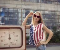 Auf geschädigter Tankstelle Lizenzfreie Stockfotos