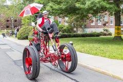 Auf Gouverneur-Insel können Sie die merkwürdigsten Fahrräder, New York, Vereinigte Staaten sehen stockfotografie