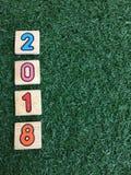 2018 auf grünem Gras Lizenzfreie Stockfotos
