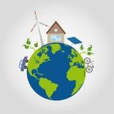 Auf grünem Planeten ist eine Erde mit blauen Ozeanen ein behagliches Haus und Alternativenergiequellen, Windmühle, Solarbatterie, Lizenzfreie Stockfotos