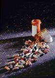 Auf lagerfoto der Pille-Flaschen und der Pillen Stockfoto