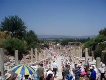 Auf Steinmetzarbeit in Ephesus die alte Stadt die Türkei schnitzen Lizenzfreies Stockfoto