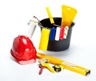 Aufbau (Anstrich) Hilfsmittel und Hardhat Lizenzfreies Stockbild