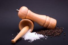 Aufbau des Salzes und des Pfeffers Stockbild