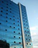 Bau des Wolkenkratzers Stockfotografie