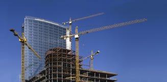 Aufbau des Wolkenkratzers Lizenzfreies Stockfoto