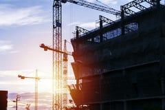 Aufbau eines großen Gebäudes stockfotos