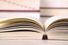 Aufbau mit Büchern Stockfoto