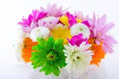 Aufbau mit Blumen. Lizenzfreie Stockfotografie