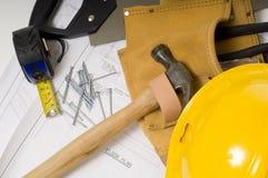 Aufbau oder handliche Mann-Nachrichten Stockbilder