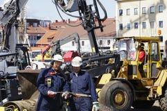 Aufbau, Planierraupen und Aushöhlungen stockbilder