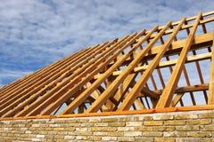 Aufbauen des Dachs stockbild