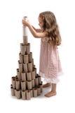 Aufbauen eines aufbereiteten Weihnachtsbaums Stockfotografie