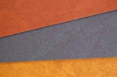 Aufbereiteter Papppapierhintergrund stockbild