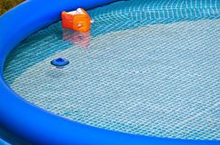 Aufblasbarer Swimmingpool stockfoto