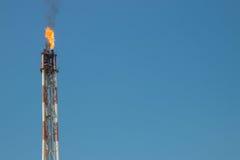 Aufflackern auf Raffinerie lizenzfreie stockfotos