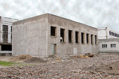 Aufgebautes einstöckiges Gebäude Lizenzfreie Stockbilder