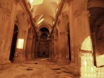 Aufgegebene barocke Kirche lizenzfreie stockfotografie