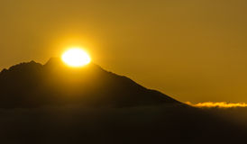 Aufgehende Sonne Stockbild