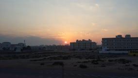 Aufgehende Sonne in der Nähe Al Ghusaiss in Dubai, Vereinigte Arabische Emirate Stockfotos