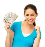 Aufgeregte Frauen-Holding aufgelockerte Dollarscheine Stockfotos
