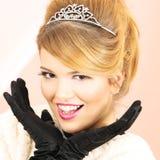Aufgeregte Schönheits-Abschlussball-Königin Stockfotos