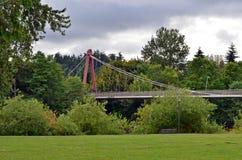 Aufhebung-Brücke am Alton Bäcker-Park lizenzfreie stockfotografie