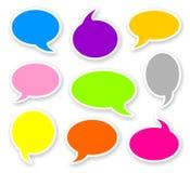 Aufkleber von gerundeten Farbcomics-Textblasen Stockbild